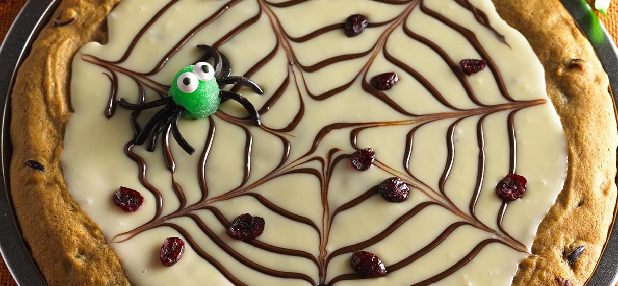 Spider Web Dessert Pizza