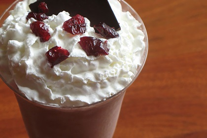 Chocolate Cranberry Dreamshake