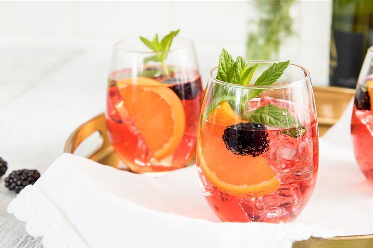 Cranberry Blackberry Sparkling Wine Spritzer Ocean Spray