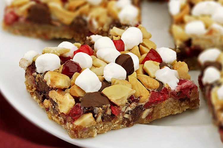 Cranberry Cashew Cookie Bar
