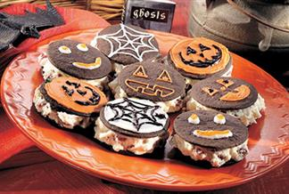 Witchiepoo Whoopie Pies