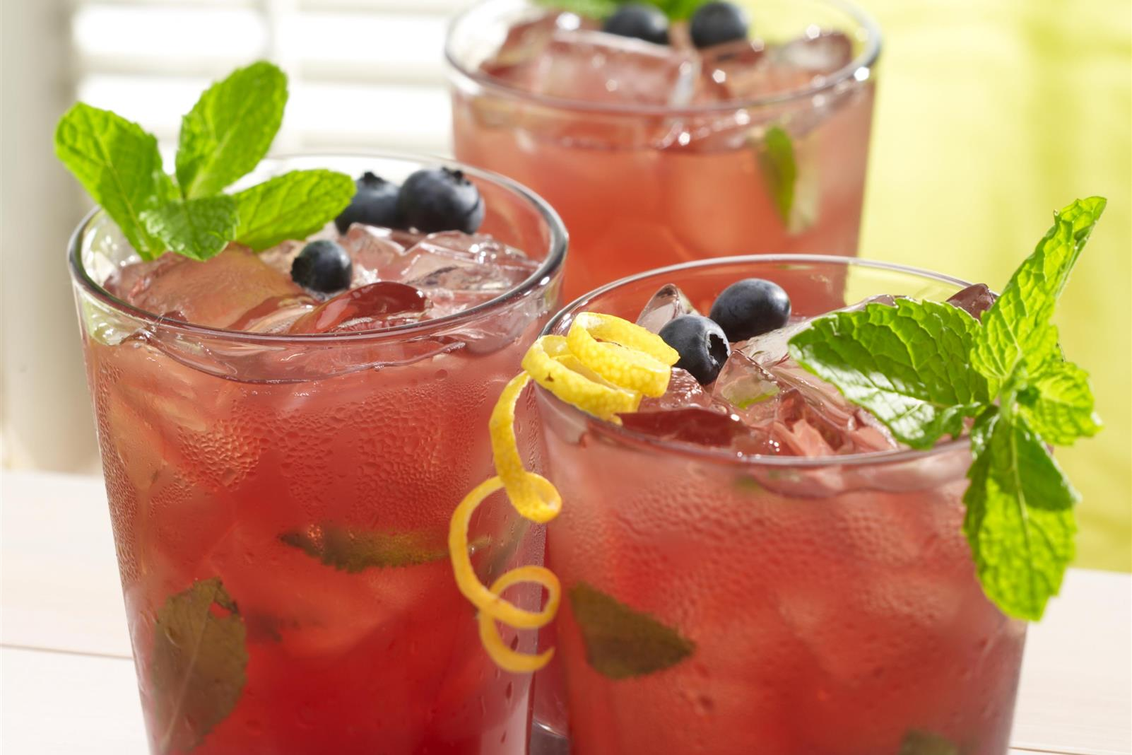 Blueberry-Mint Lemonade