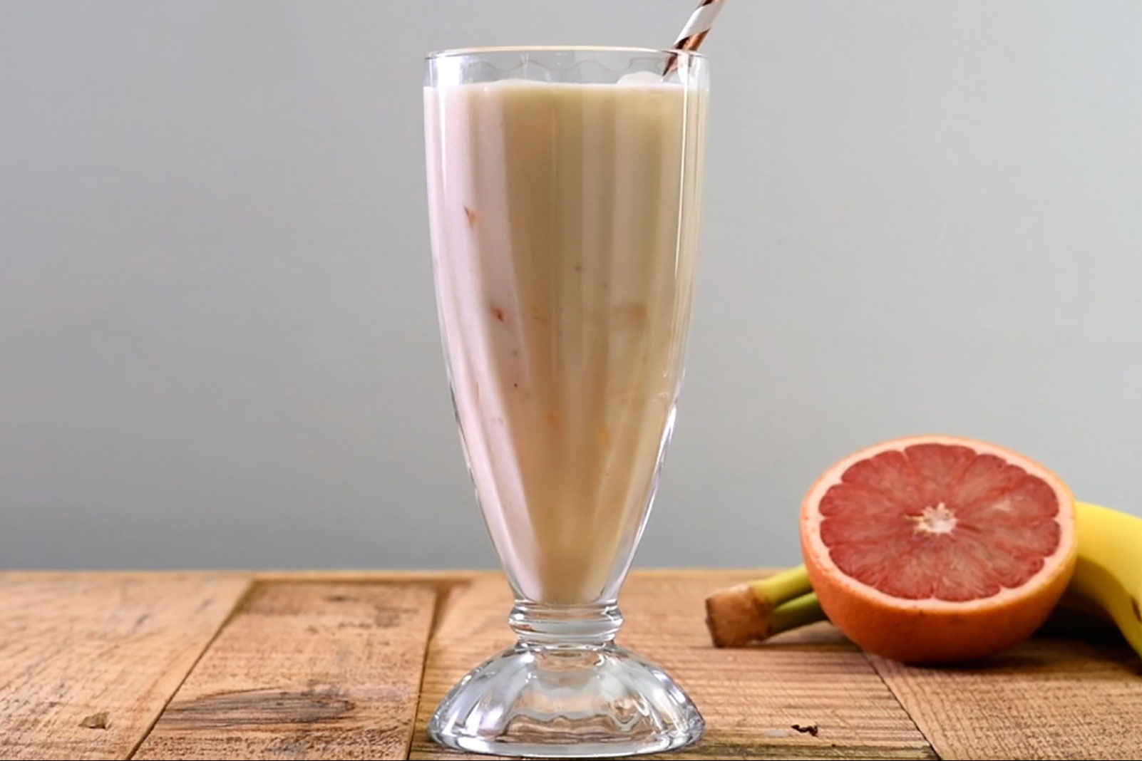 Grapefruit Banana Shake