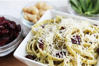 Fettuccine with Cranberry Macadamia Nut Pesto