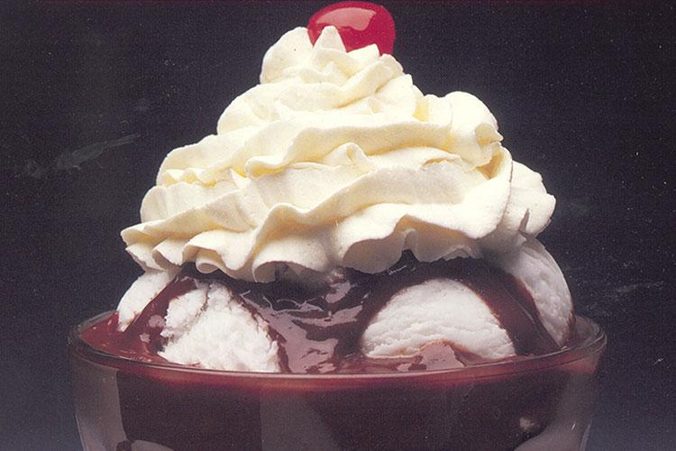 Chocolate Cranberry Dessert Sauce