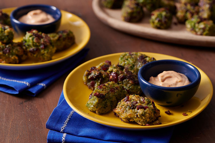 Cheesy Broccoli and Cranberry Tots